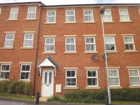 Thumbnail Town house to rent in Bramble Square, East Ardsley