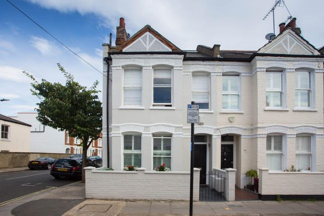 Thumbnail Flat for sale in Stephendale Road, London