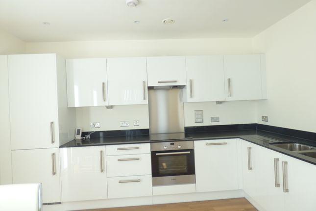 Thumbnail Flat to rent in Hatton Road, Alperton