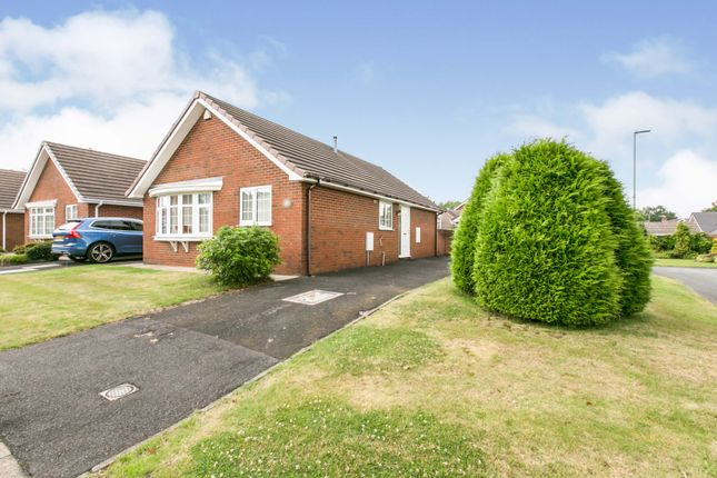 Thumbnail Bungalow for sale in Johnson Close, Congleton, Cheshire