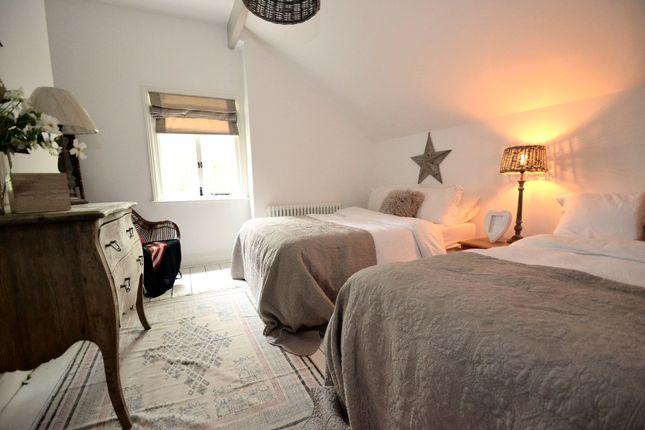 Bedroom 5 of The Crescent, Davenport, Stockport SK3