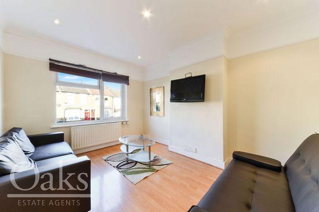 Thumbnail Flat to rent in Woodside Avenue, Woodside, Croydon