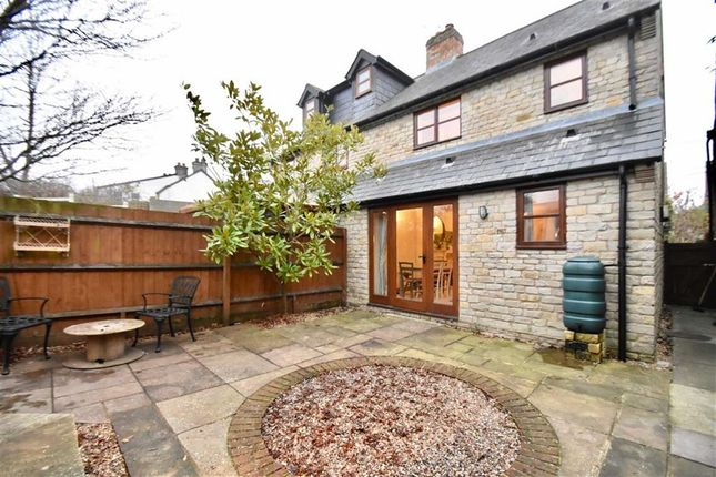 Thumbnail Cottage to rent in Park End, Croughton, Brackley