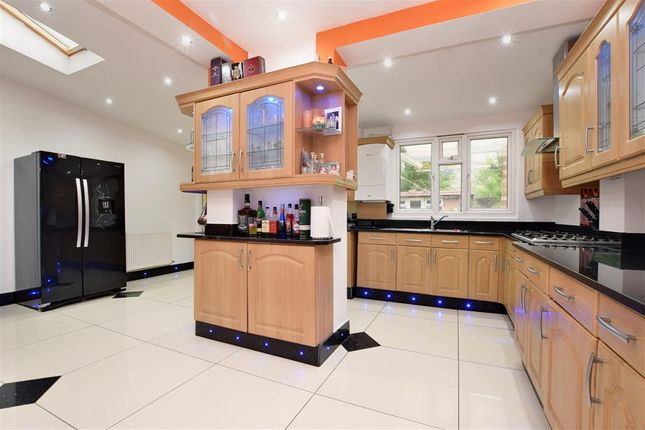 Thumbnail Terraced house for sale in Hartley Road, Croydon, Surrey