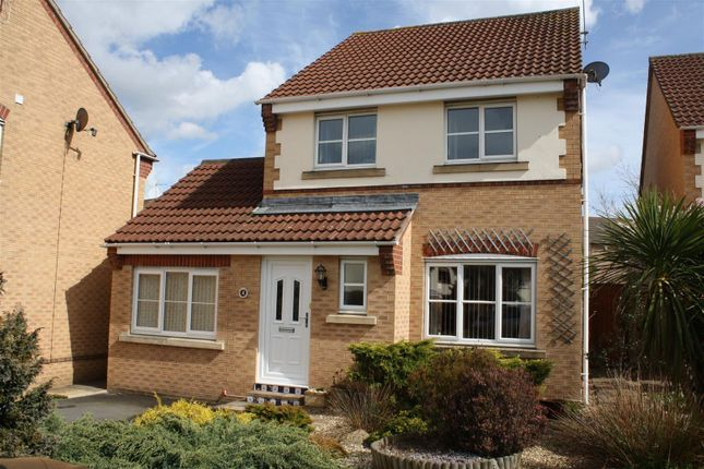 3 bed detached house to rent in Becklake Close, Roundswell, Barnstaple EX31