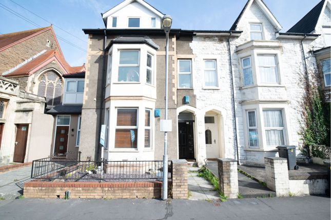 2 bed flat for sale in Piercefield Place, Cardiff CF24