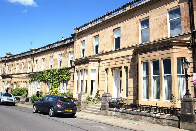 Thumbnail Flat to rent in Cleveden Crescent, Glasgow
