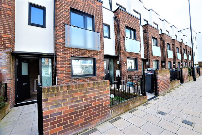 Thumbnail Terraced house for sale in Williams Way, Wembley