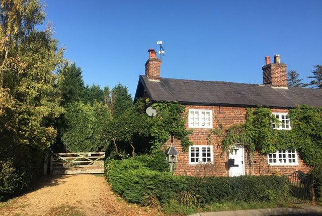 Thumbnail Cottage to rent in Goughs Lane, Knutsford