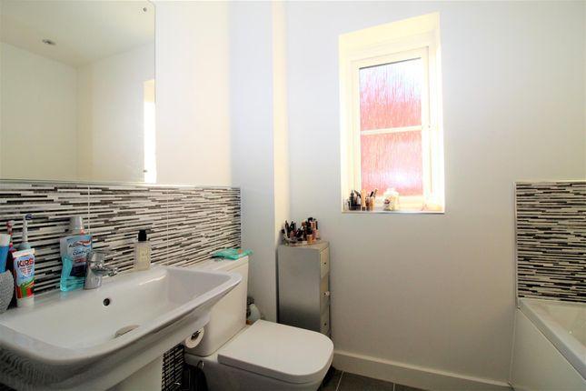 Bathroom of Stamford Drive, Basildon SS15