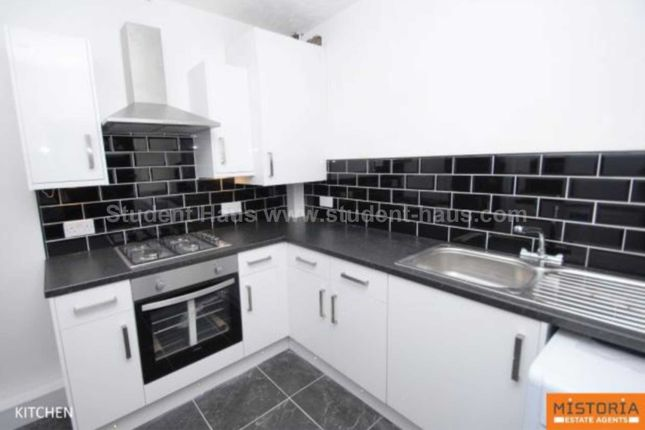 Thumbnail Property to rent in Bingley Walk, Salford