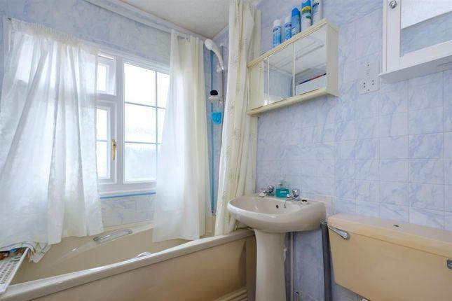 Bathroom of 91 Sunny Haven, Howey, Llandrindod Wells LD1