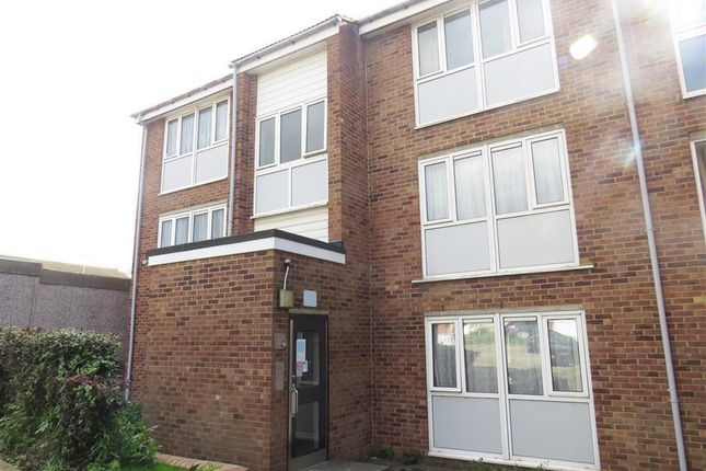 Flat to rent in Kimpton Close, Hemel Hempstead