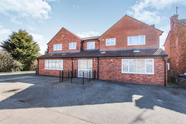 Thumbnail Detached house for sale in Queens Drive, Huntingdon