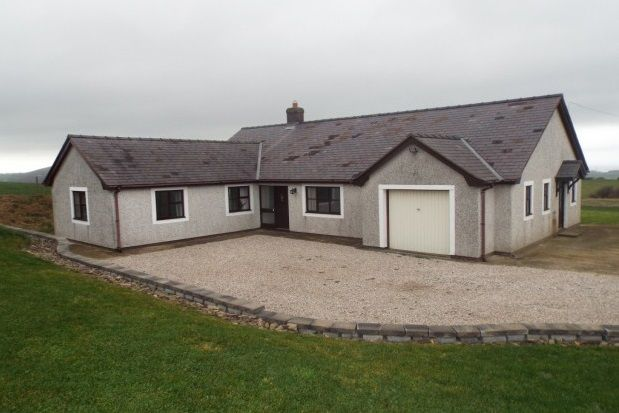 Thumbnail Bungalow to rent in Llannefydd, Denbigh