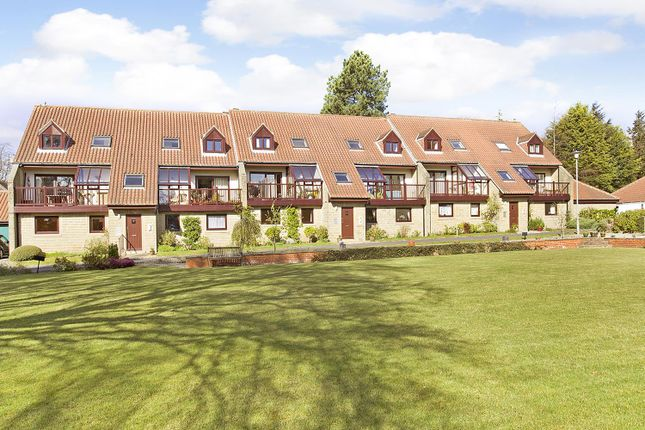 2 bed flat for sale in Warlbeck, Ilkley LS29