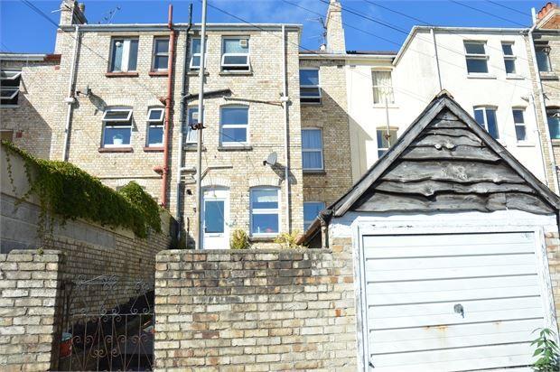 Thumbnail Flat to rent in Church Road, Newton Abbot, Devon.