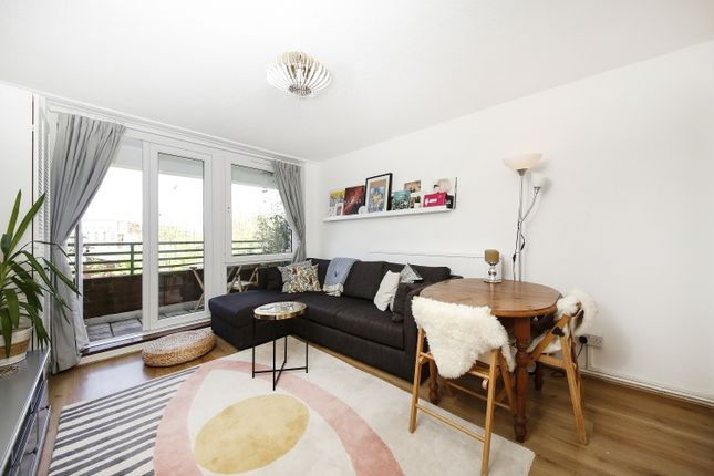 Thumbnail Flat for sale in Cossall Walk, London