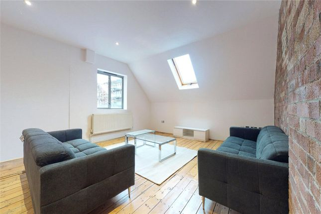 Picture No. 05 of Woodlofts, London N1