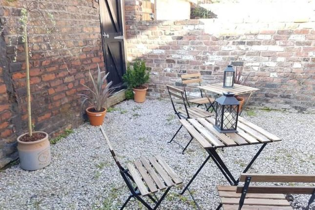 Thumbnail Shared accommodation to rent in Rathbone Road, Wavertree, Liverpool