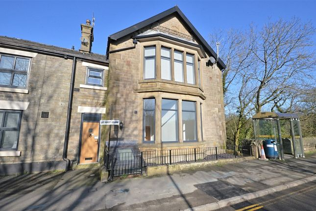 Thumbnail Flat to rent in Queens Mews, Union Road, New Mills, High Peak