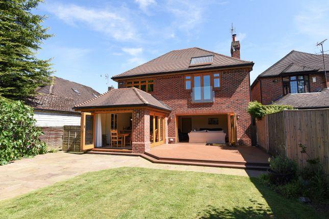 Thumbnail Detached house for sale in New Lane Hill, Tilehurst, Reading