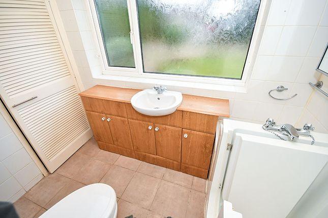 Bathroom of Finningley Road, Lincoln, Lincolnshire LN6