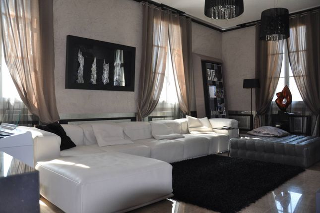 2 bed apartment for sale in Beaulieu Sur Mer, Alpes Maritimes, France