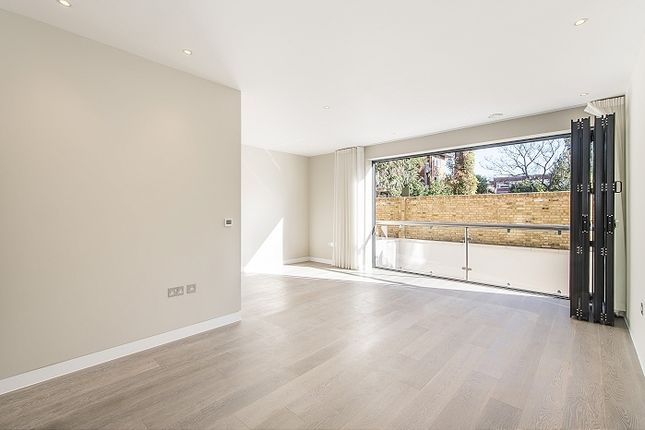 Thumbnail Terraced house to rent in Colinette Road, London