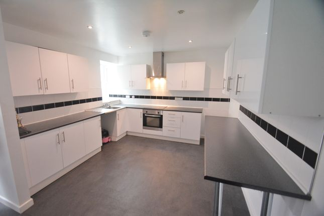 Thumbnail Flat to rent in Fore Street, St Marychurch