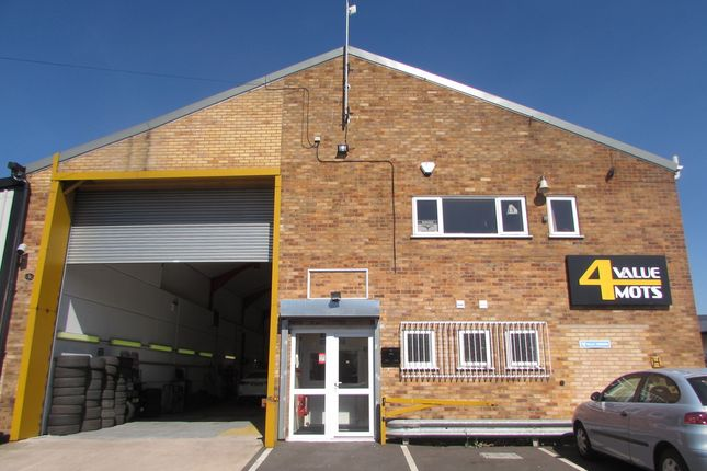 Thumbnail Parking/garage to rent in Newton Road, Hinckley