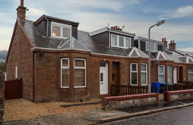 Thumbnail Cottage for sale in St John Street, Prestwick, South Ayrshire
