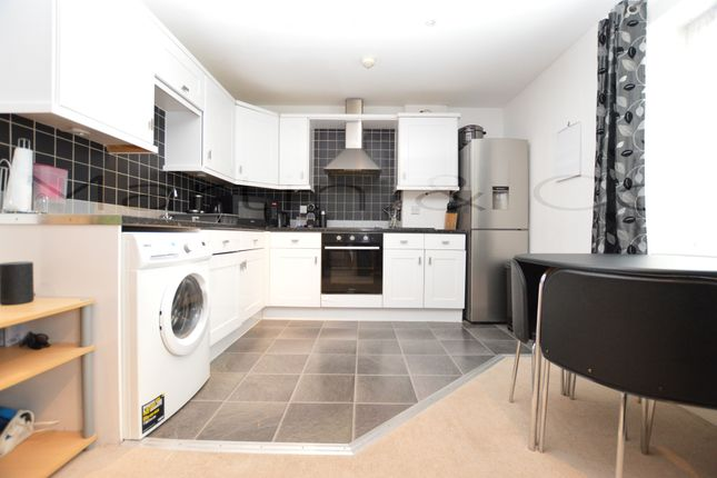 Thumbnail Flat to rent in Trafalgar Street, Gillingham