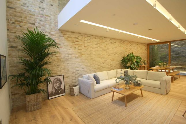 Thumbnail Flat to rent in Bingham Place, Marylebone