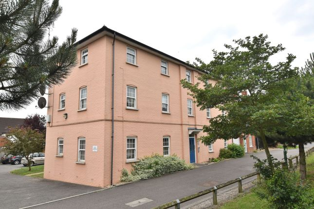 Thumbnail Flat for sale in Townsend, Chelmsford
