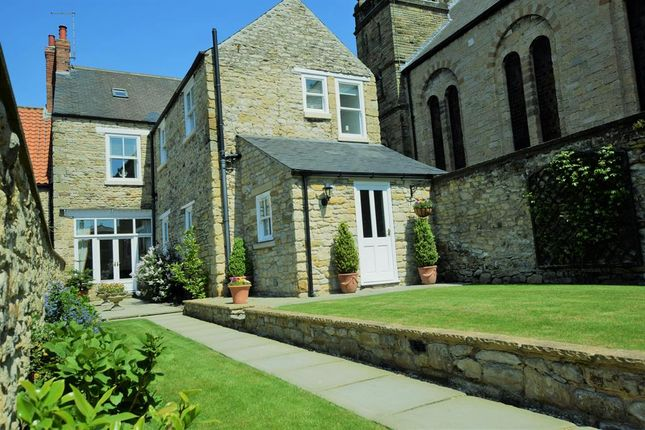 Thumbnail Semi-detached house for sale in Hungate, Pickering