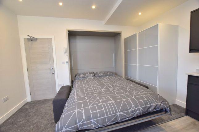 Studio to rent in Wellsway, Bath BA2