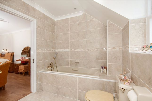 Picture No. 10 of Orchard End, Weybridge, Surrey KT13