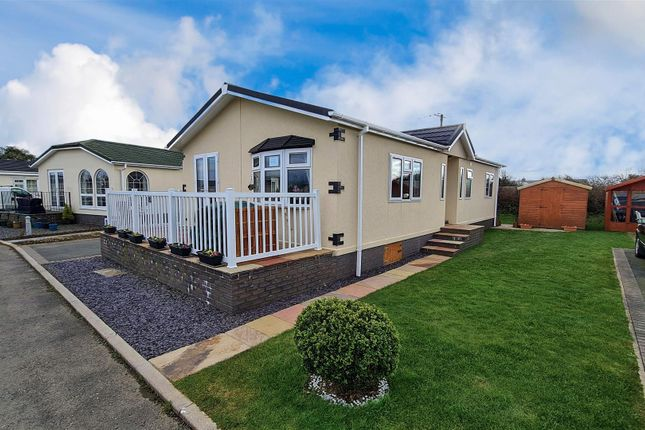 2 bed mobile/park home for sale in Scamford Park, Camrose, Haverfordwest SA62
