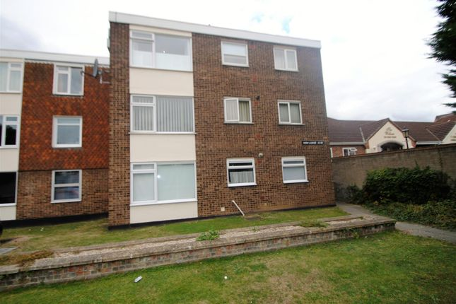 Thumbnail Flat to rent in High Road, Benfleet