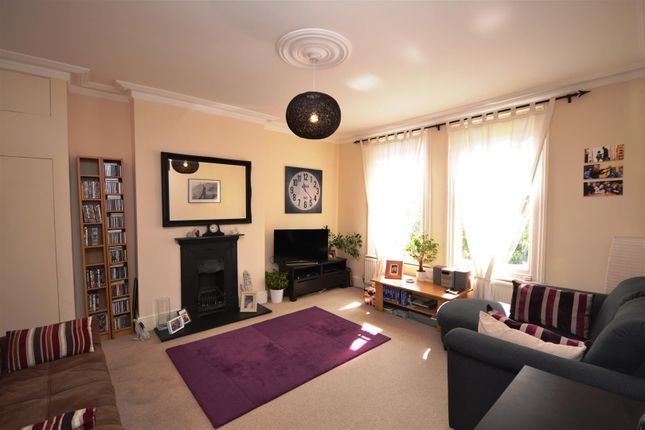 1 bed flat to rent in Fairfield Road, Crouch End