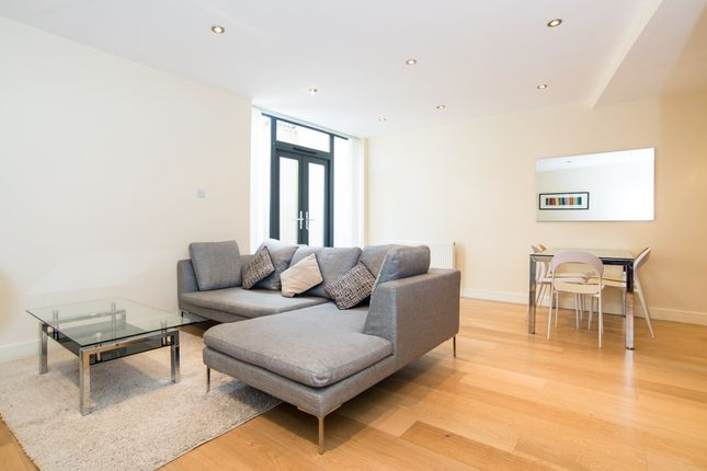 Thumbnail Property for sale in Clemence Street, London