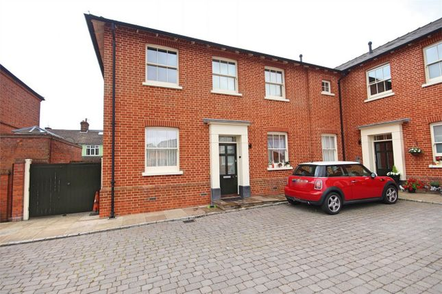 Thumbnail Flat for sale in Whitmore House, Old St Michaels Drive, Braintree, Essex