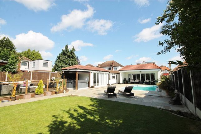 Thumbnail Detached bungalow for sale in Feltham Road, Ashford, Middlesex