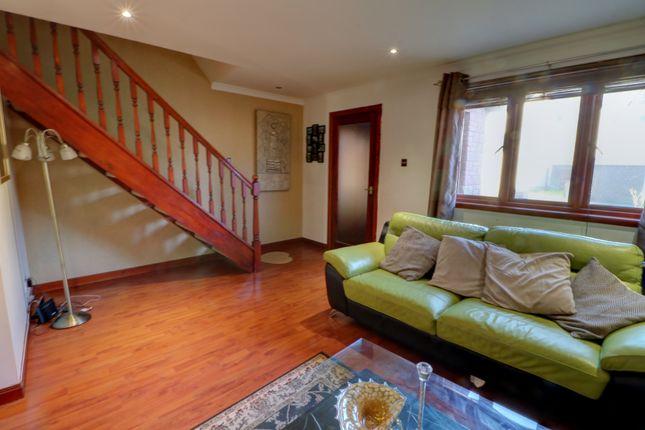 Lounge To Upstairs