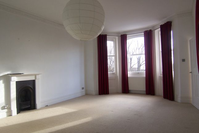 Thumbnail Flat to rent in Cromwell Road, Hove