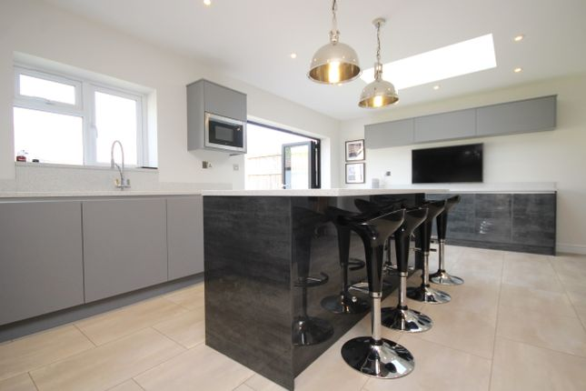 Thumbnail Detached house for sale in Commercial Road, Staines