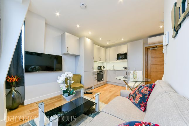 Living Room of High Street, Feltham TW13