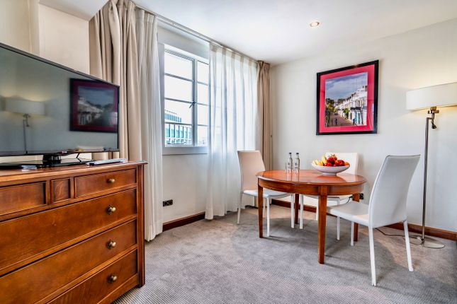Thumbnail Flat to rent in Albany St, London