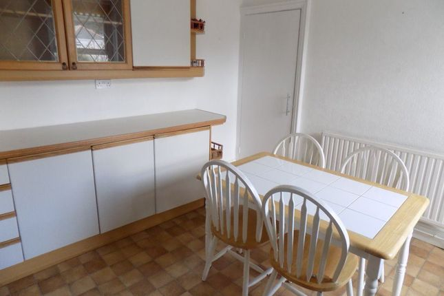 Thumbnail Flat to rent in Ena Avenue, Neath